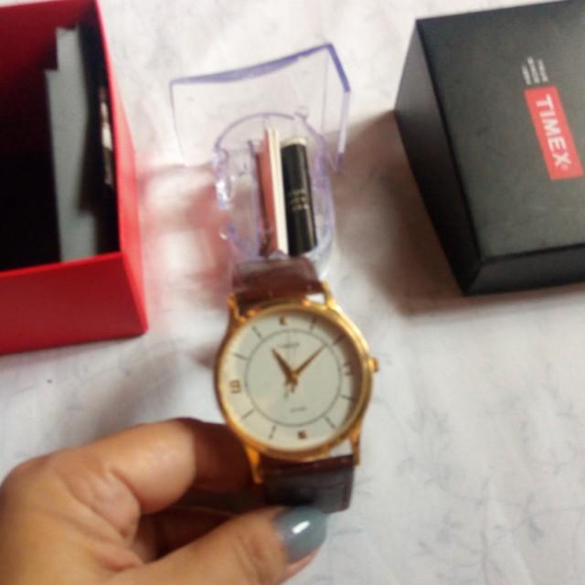 Brand New Unisex Timex Analog Watch