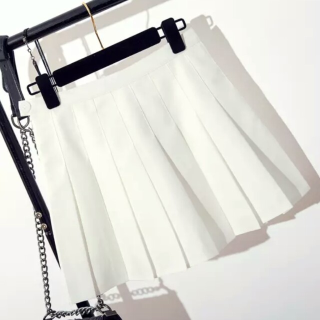 White tennis skater skirt