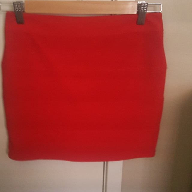 Wrap red skirt
