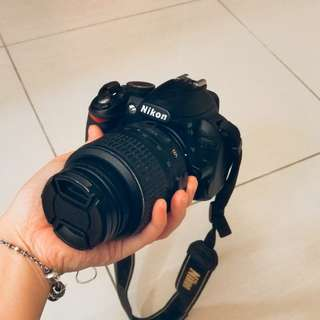 Nikon D3100 (body, lens, charger, box+4gb Sony memory card)