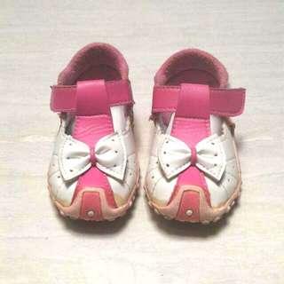 Sepatu Nyaman Untuk 1 Thn