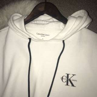 CK CROPPED WHITE HOODIE