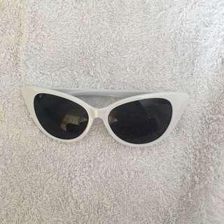 White Cat-eye glasses
