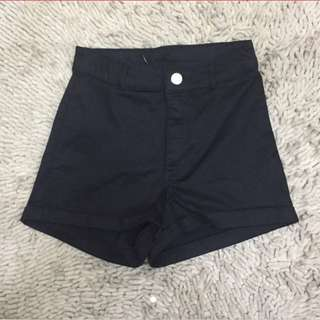 H&M high waisted black shorts