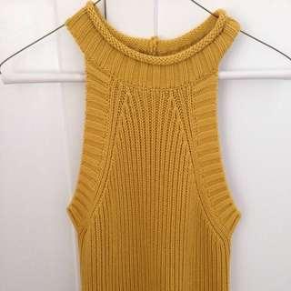 Bardot Chunky knitted vest.Size 10, never worn.