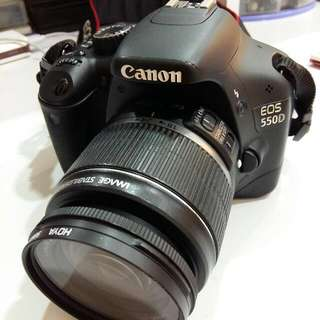 Canon Eos 550D with 18-55mm Lens