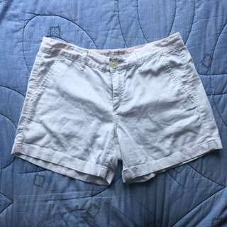 Giordano White Khaki Shorts size: 26