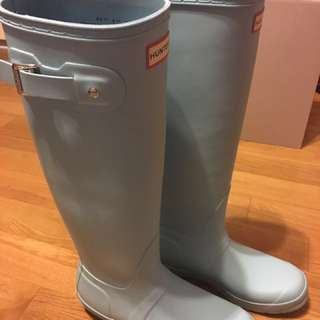 hunter boots- brand new!