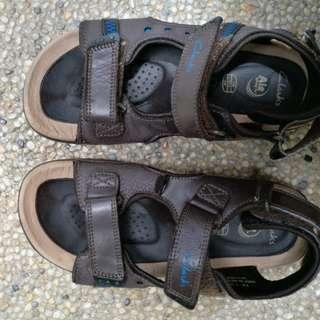 Genuine Clerk sandal