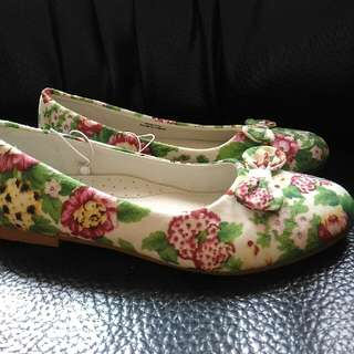 Doll Shoes Green Floral