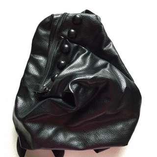 黑色新款特色背囊 非手挽側揹手袋