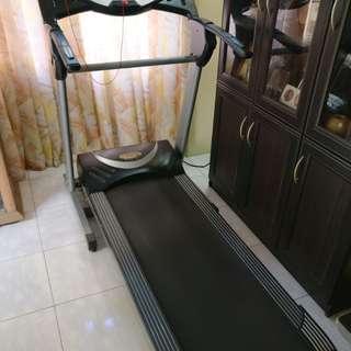 Questor-7001i Motorized Treadmill