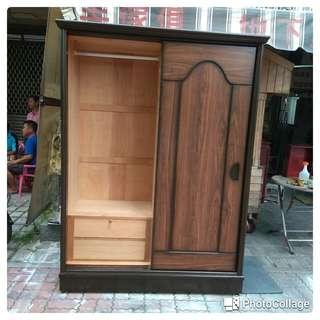 台南{舊箱子二手傢俱}5尺衣櫥:舊台南市區.永康.仁德免運費