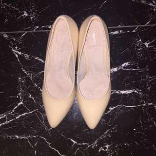 Portmans nude heels