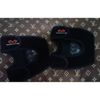 ORIG MCDavid Knee Pad/Support(Medium)Get it for 2.