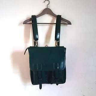 🚚 韓國 深綠 漆皮後背包