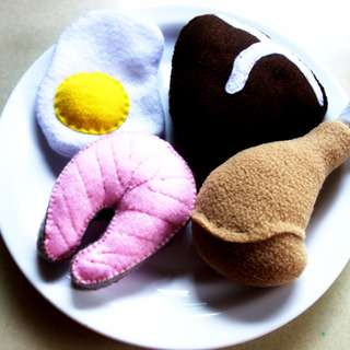 Protein felt play food set for your toy kitchen