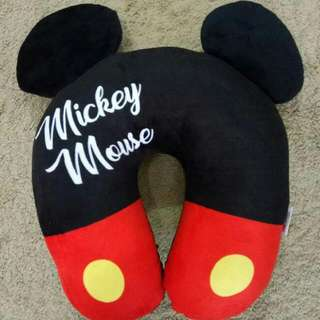 Bantal Leher Mickey Mouse