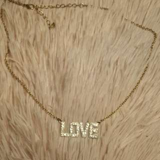 Love necklace from lovisa
