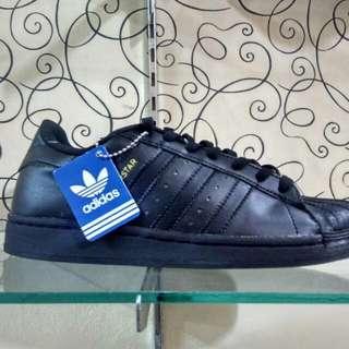 Sepatu kets Adidas Superstar full black