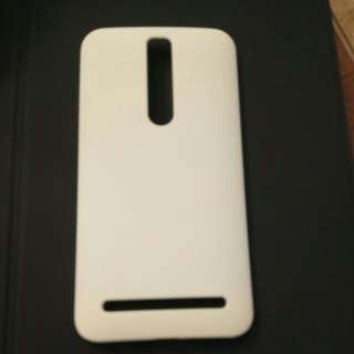 Zen Fone 2 hard case white colour