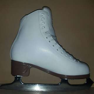 Jackson Classique Ice Skates (Size 4C)