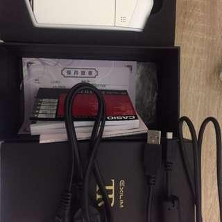 售tr-70盒裝完整 鏡頭螢幕保貼