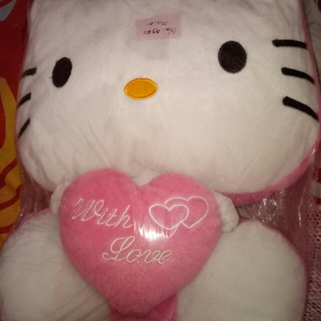 Boneka Hello Kitty Love