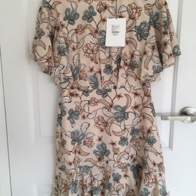 BRAND NEW Witchery Dress Size 8