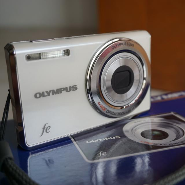 Camera / Kamera Digital Pocket / Saku Olympus Fe-4010