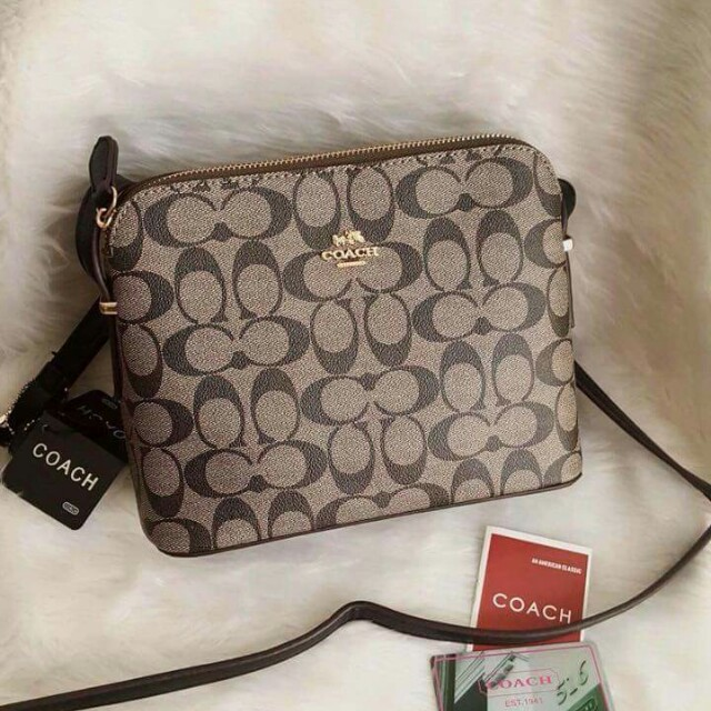 Coach Sling Bag, Women's Fashion, Bags & Wallets on Carousell