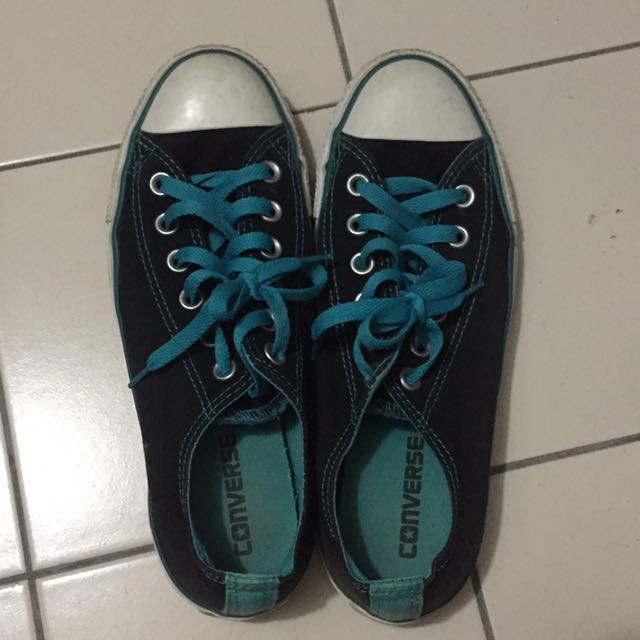 582f1701c156 Converse low cut sneakers black with blu-ish green turquoise laces ...