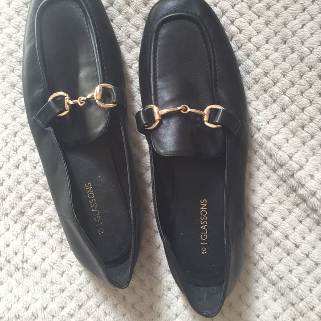 Glassons loafers size 10