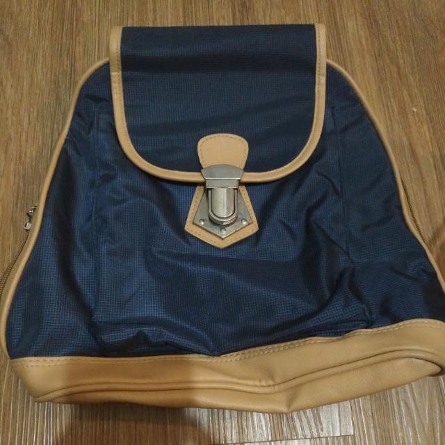 Grab Blue Bag