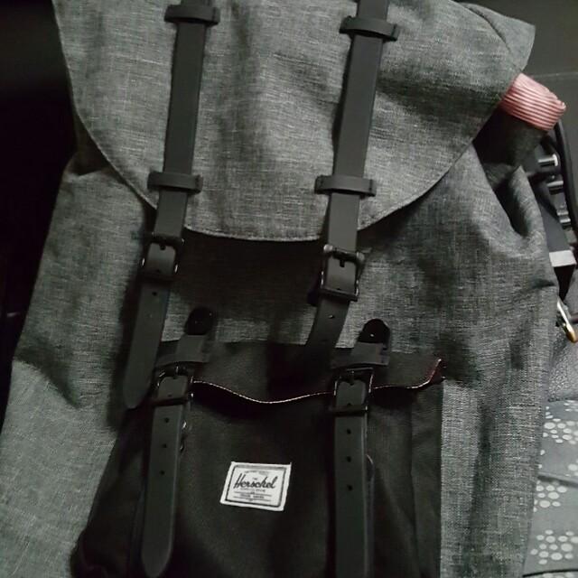 85ca7bfb82ff Herschel bag captain america 2.3L