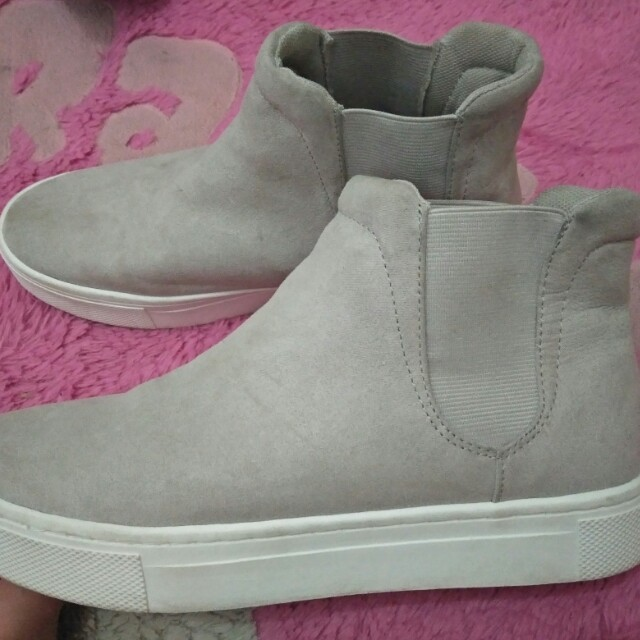 H&M ankle high trainers