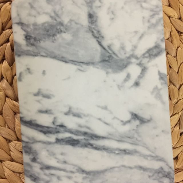 H&M Marble Cheese Board
