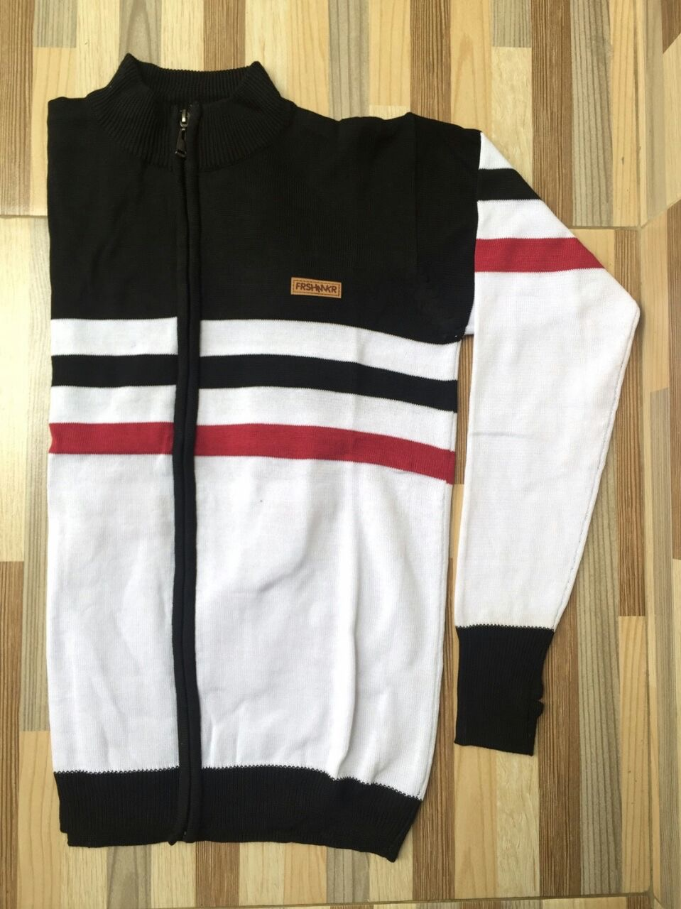Jaket Sweater Black-White Strip Red