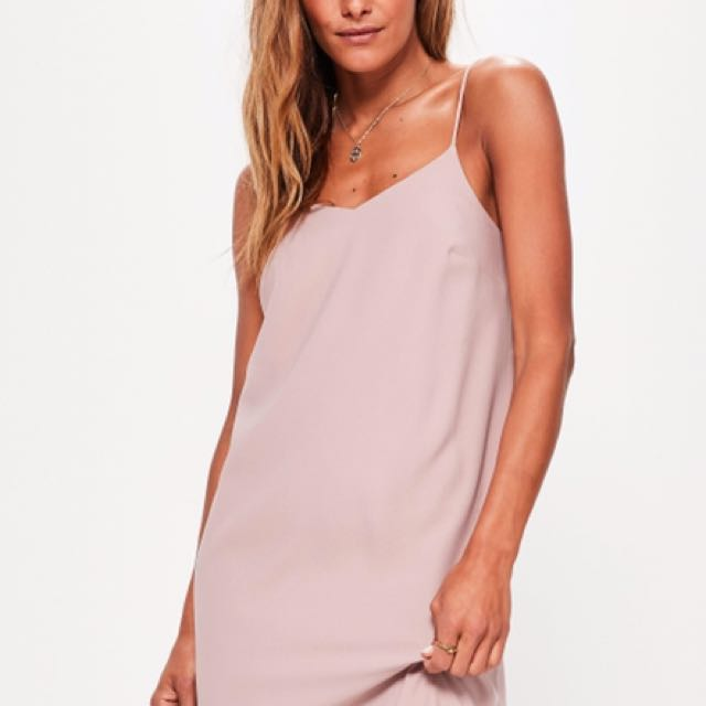 MISSGUIDED Pink Crepe Shift Dress