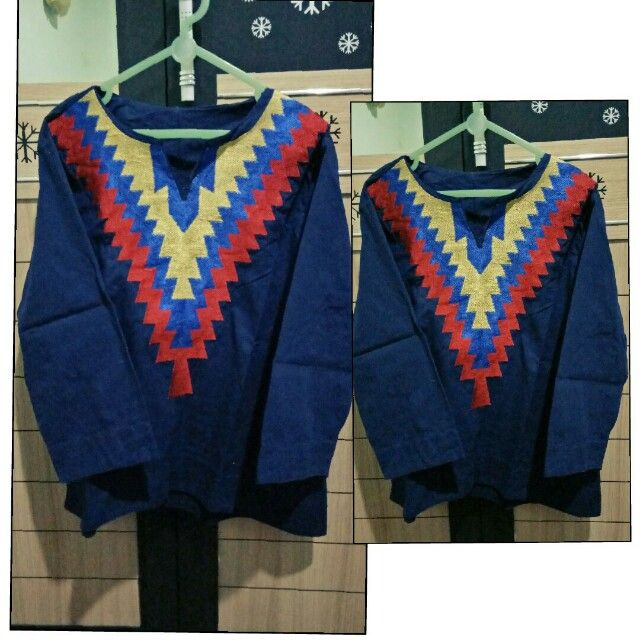 Navy aztec top