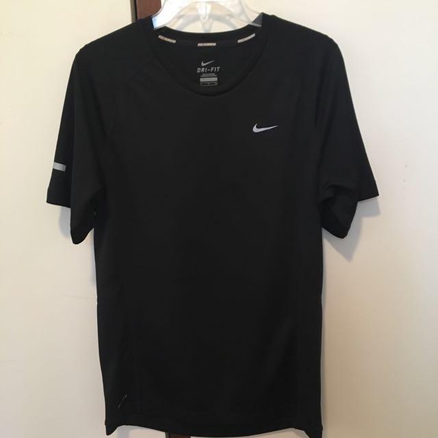 NIKE DRI-FIT black running shirt