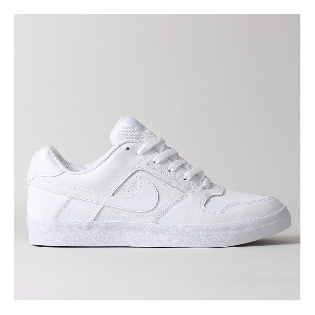Extremistas tierra principal Registro  NIKE SB DELTA FORCE VULC SHOES – WHITE/WHITE/WHITE, Men's Fashion,  Footwear, Sneakers on Carousell
