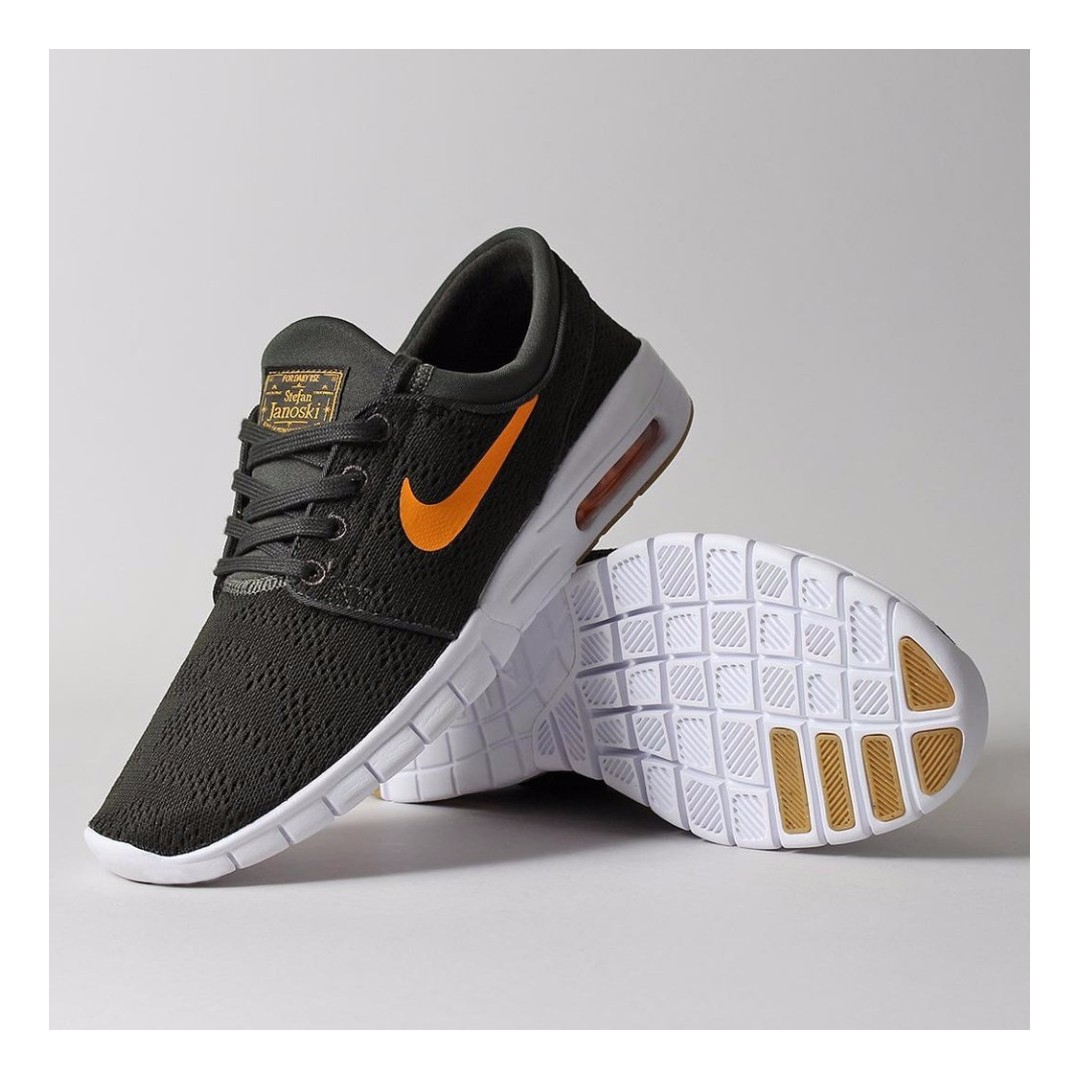 NIKE SB STEFAN JANOSKI MAX SHOES – SEQUOIA/CIRCUIT ORANGE/GUM LIGHT BROWN,  Men's Fashion, Footwear on Carousell