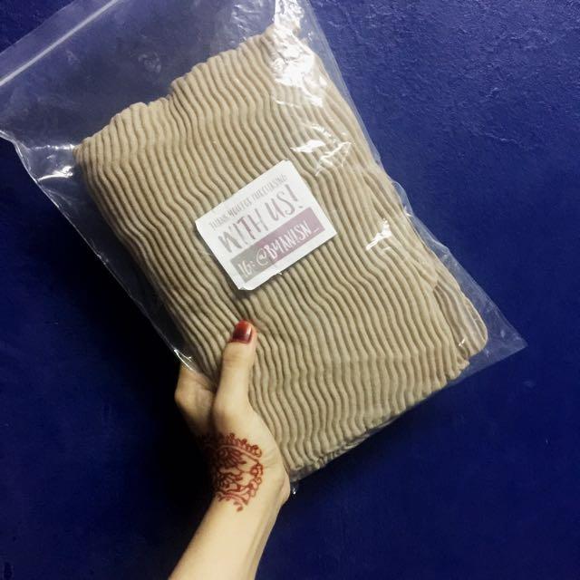 Nude Arabic Shawl