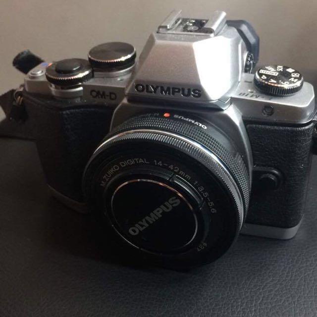 Olympus Camera - OMD EM10
