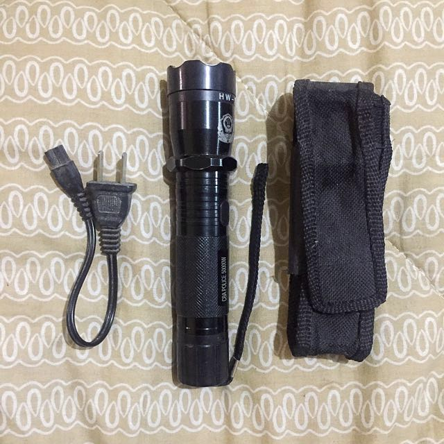 Rechargeable Taser with Flashlight and Case