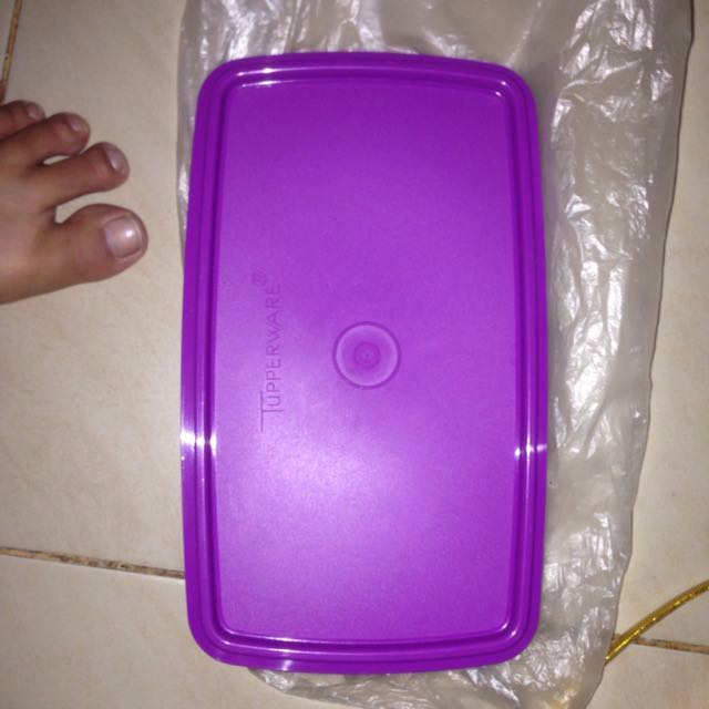 shallow frozen tupperware