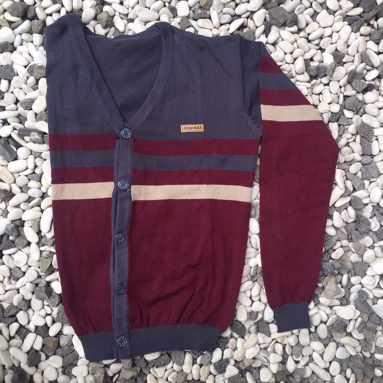 Sweater Cardigan Maroon
