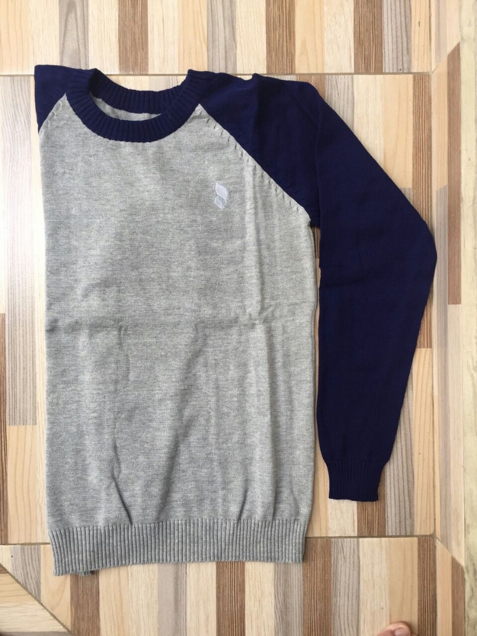 Sweater O-Neck Grey-Navy