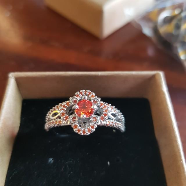 The colour Orange ring size 9